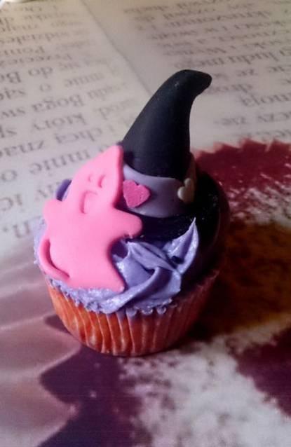 Receta de cupcakes de Halloween de caramelo y moras