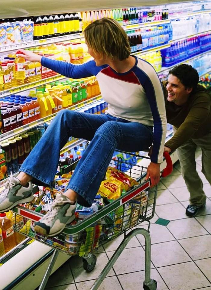Отправьтесь по магазинам, скупая все, что хотите