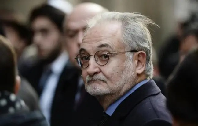 Jacques Attali à son arrivée le 12 février 2015 à la synagogue à Paris