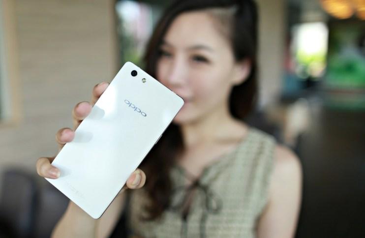 【3C】CP值超高!! 媲美神機的高規格手機OPPO R1L搶先開箱!!