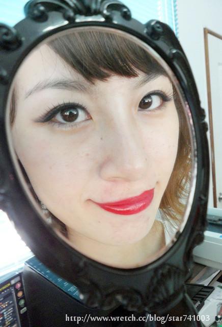 【彩妝】紅唇女孩~讓我女人味UP UP的侵略性妝容