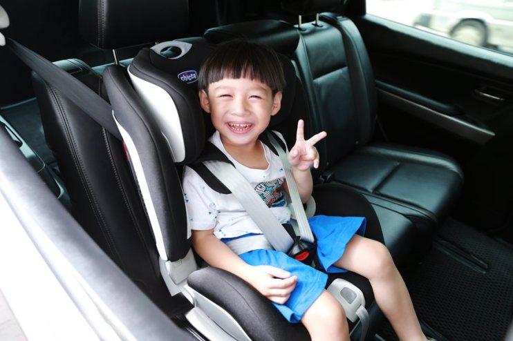 【Baby】安全兼具舒適,一次坐7年真得很划算~Chicco Seat Up 012 ISOFIX兒童安全座椅