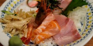 【台南美食】中西區 小椿食堂 ● 平價實惠家庭式日本料理 ● 飽肚大滿足 ❤❤