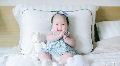 【育兒】穿上美的冒泡泡的BLANCHE洋裝,慶祝Riley的100天