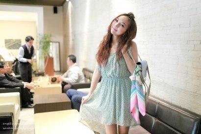 ▌穿搭 ▌Chic korea粉嫩浪漫,踏著輕快腳步的午後時光‧上