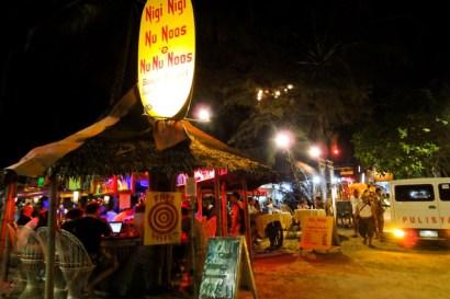 ☀自助長灘島Boracay☀島上美食【Nigi nigi nu noos】酒吧餐廳吃得好High