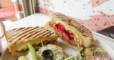 【台北美食】丘比手作土司早午餐。挑戰台北CP值最高的早午餐! 華山市場排隊美食