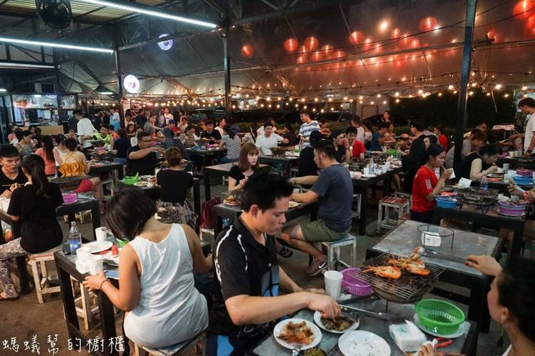 曼谷泰國蝦吃到飽推薦|Mangkorn Seafood吃到飽499元,到曼谷旅遊不吃個海鮮吃到飽好像跟不上潮流…