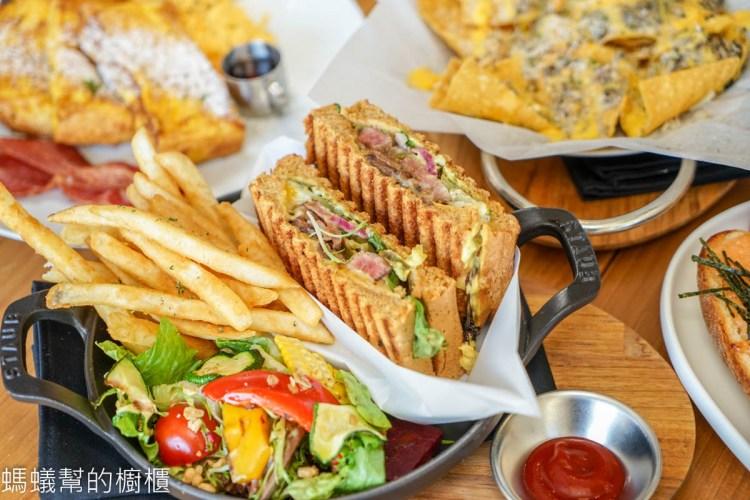 Bistro88 Light   台中公益路名店新品牌上市,輕食主義更適合聚餐,從早到晚都能享用美味餐點。