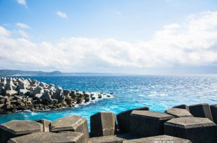 Pingtung 屏東‧恆春 夢幻的海水顏色,美到讓人尖叫*核三廠出水口,旁邊還有小巴里島岩