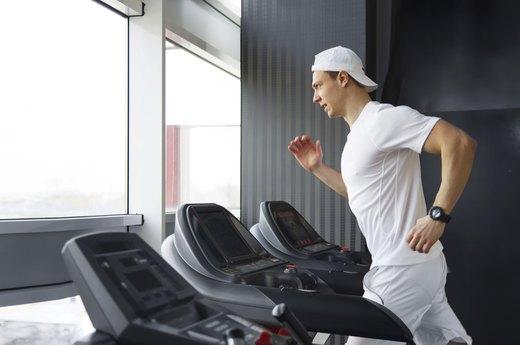 One Advantage of Treadmills: Training on Custom Hills