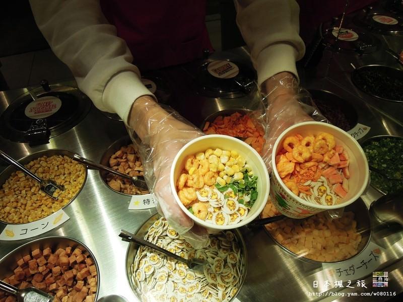 【大阪】。很適合親子旅遊DIY做自己的泡麵~大阪旅遊自助@日清泡麵發明記念館