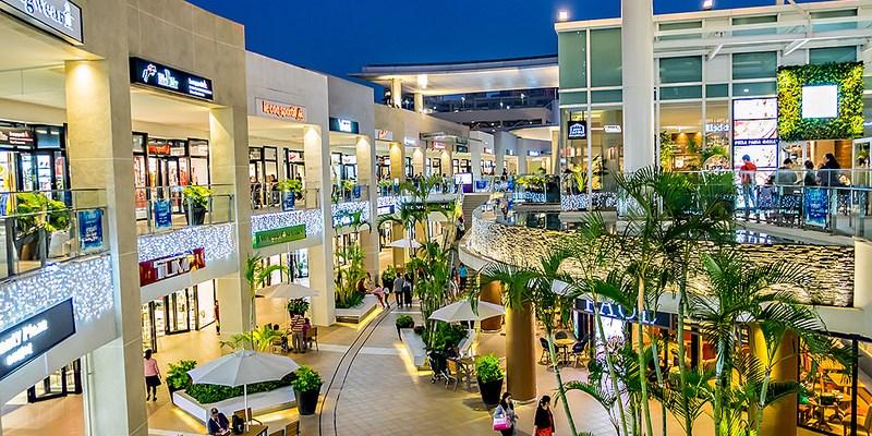 【台北】。MITSUI OUTLET PARK 林口三井outlet晚上也很美 (下雨天逛outlet購物美食區) 聖誕樹、Japoli義大利餐酒館