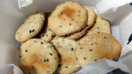 自製無麵粉牛奶芝麻餅(原味、抹茶)