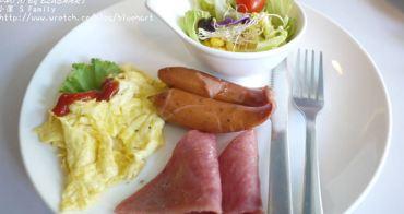 ¢『食記。高雄』圍繞在兔子玩偶裡用餐-O2 Brunch歐圖早午餐廚房¢