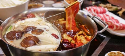 [美食] 老四川巴蜀麻辣燙,麻辣紅鍋X養生白味鍋