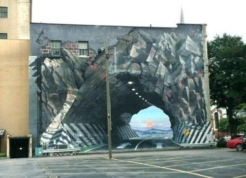 Cette peinture murale incroyablement diabolique.