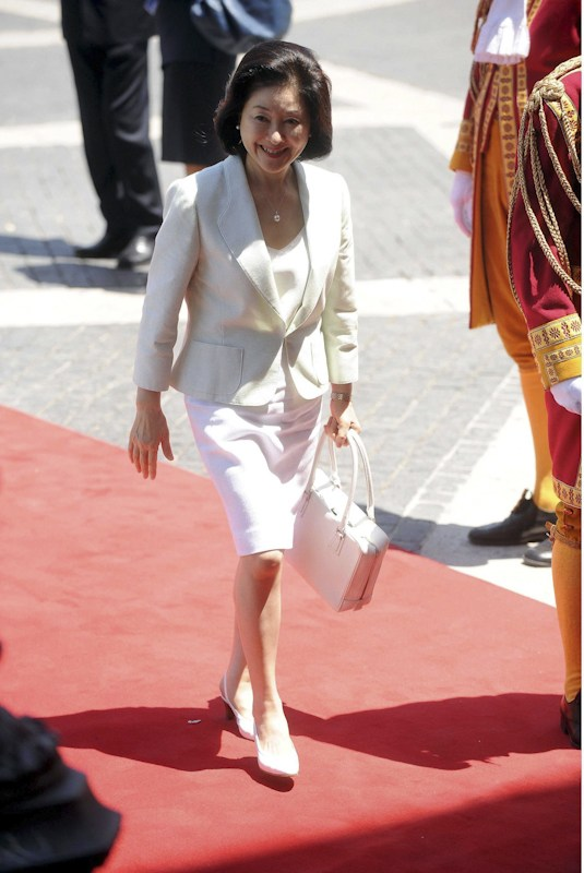 Japan's First Lady Aso Chikako.