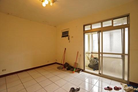 新埔捷運300米公寓明亮3房