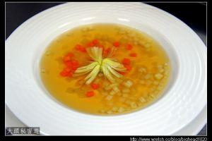 [西餐]湯類 雞肉清湯附蔬菜小丁