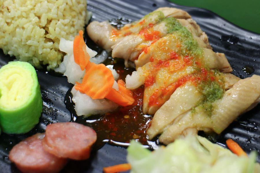 台南 巷弄中美味海南雞飯,海南雞搭配酸甜辣椒醬更開胃 台南市永康區 一三九美食坊