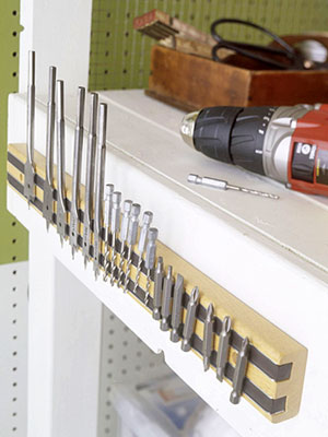 Magnetic Knife Strip Keeps Drillbits Handy and Organized