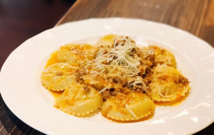 花滔廚房 La Cucina di Flora 》南京東路巷弄美食餐廳推薦