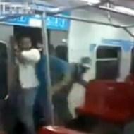【衝撃映像】東京なんてイージーモードwベネズエラの乗車風景がハードすぎるwww