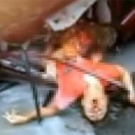 【グロ動画:車】グチャグチャになった車・・・中の人間も全員ミンチに(^p^)