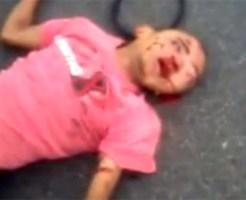 【グロ動画】少女がバイク事故で即死・・・可哀相な死に様