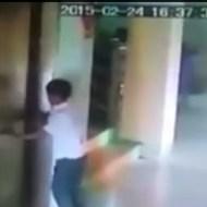 【衝撃映像】箱が来てないのに開く扉。エレベーターに乗ろうとした9歳の少年が落下して死亡。