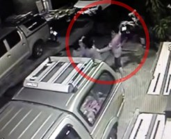 【殺人映像】ナイフを持った喧嘩でメッタ刺しにして殺す・・・