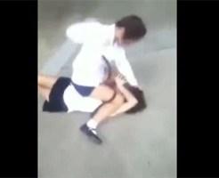【いじめ映像】最近の女子高生のいじめはマウントポジションを取るらしい