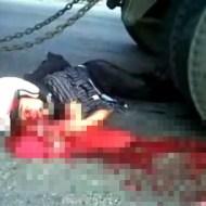 【閲覧注意】悲惨なバイク事故・・・ヘルメット無傷すぎw仕事しろwww