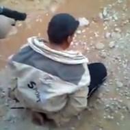 【イラク映像】まさに地獄・・・自分を埋める穴の前で殺されていく・・・