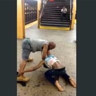 【喧嘩】ニューヨーク地下鉄で起きた黒人男女のガチ喧嘩が激しすぎる!