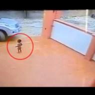 【精神崩壊】自分の子供を車で轢いてしまった親の反応・・・