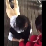 【いじめ】中国のいじめ酷すぎ・・・少女の服を剥いで全裸で晒し者に・・・