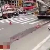 【死亡事故】セメントトラックに気付いてない女性の末路・・・