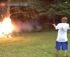 【おもしろ】ショットガンに火炎弾詰めたら予想以上に火力あったwww