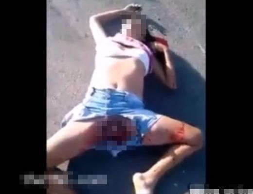 【グロ注意】パンツ履いてなかった?マ●コくぱぁどころかちょっと裂けてる女の事故死体がエログロ・・・