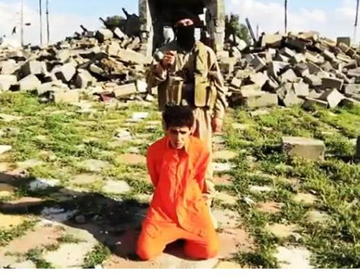 【閲覧注意】ISISの処刑映像・・・2人射殺して一人は首切り