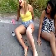 【グロ動画】女の子のなき叫び声が響く事故現場がコレ・・・
