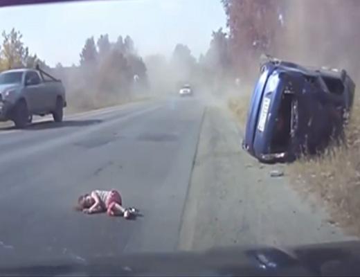 【衝撃映像】事故って回転しながらクラッシュする車から幼女が飛び出してきた・・・