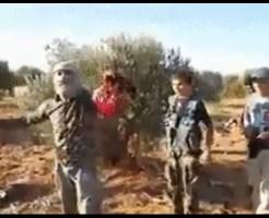 【閲覧注意】子供の頃から人の首切りまくってる少年が首を切り落とすのにかかった時間は22秒 ※グロ動画