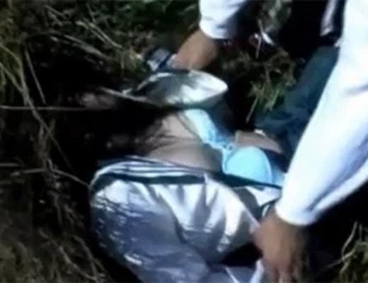 【無修正本物レ○プ】気絶した女子○生が犯される本当にヤバい流出レ○プ映像
