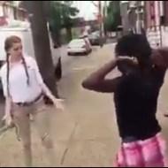 【衝撃映像】可憐系白人美女 VS パワー系黒人女 喧嘩した結果w