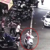 【衝撃映像】「盗んだバイクで走りだす~www」をした5歳男児が元気よくトラックに特攻したんだが・・・