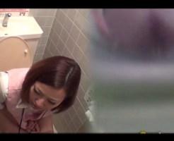 【無修正 ●影】うちの社内のOLさん達かわいいからトイレにカメラ仕掛けてみたw ※動画