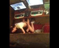 【盗撮 エロ動画】ネカフェの個室でセックスしてるカップルがいたので隠し撮りしてきたよ!!